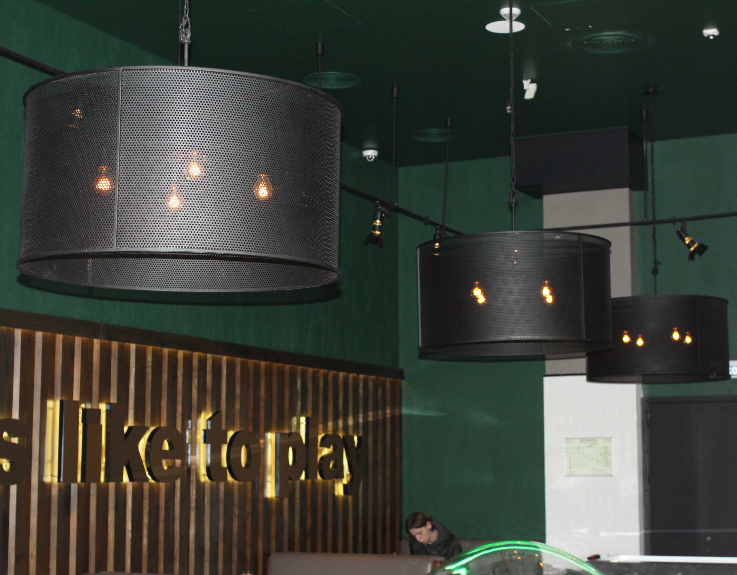 Светильники в кафе ТЦ Европейский